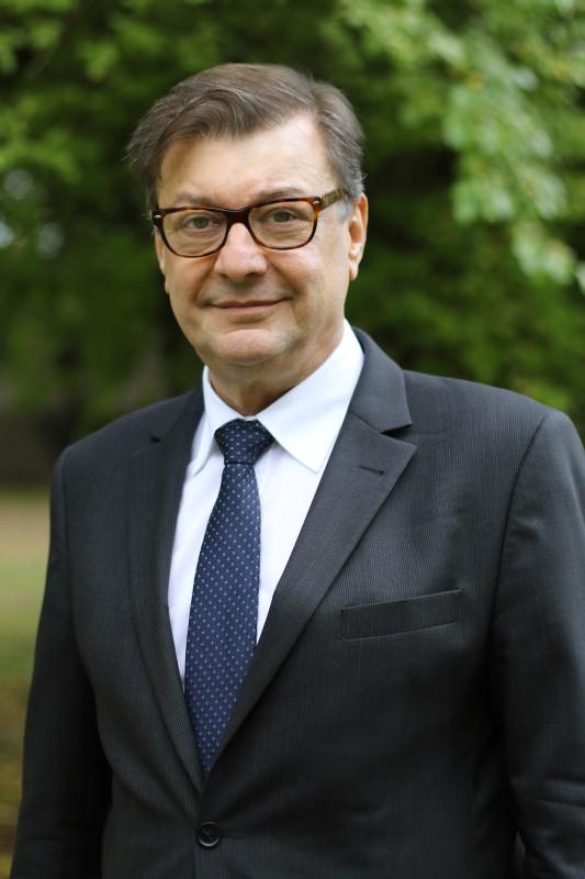 Dziekan prof. Jacek Sójka